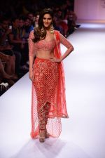 Vaani Kapoor walk the ramp for Payal Singhal at LFW 2014 Day 5 on 23rd Aug 2014 (308)_53faf8c54ecbc.JPG
