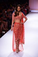Vaani Kapoor walk the ramp for Payal Singhal at LFW 2014 Day 5 on 23rd Aug 2014 (309)_53faf8c68087f.JPG