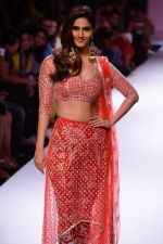 Vaani Kapoor walk the ramp for Payal Singhal at LFW 2014 Day 5 on 23rd Aug 2014 (311)_53faf8c7aa1fb.JPG