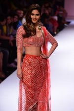 Vaani Kapoor walk the ramp for Payal Singhal at LFW 2014 Day 5 on 23rd Aug 2014 (312)_53faf8c8d42de.JPG