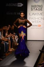 Model walk the ramp for Neha Agarwal at LFW 2014 Day 6 on 24th Aug 2014 (18)_53fc91ffe25b4.JPG