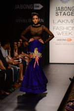 Model walk the ramp for Neha Agarwal at LFW 2014 Day 6 on 24th Aug 2014 (19)_53fc920104fb0.JPG
