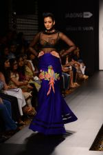 Model walk the ramp for Neha Agarwal at LFW 2014 Day 6 on 24th Aug 2014 (21)_53fc920337a30.JPG