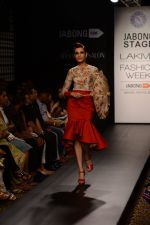 Model walk the ramp for Neha Agarwal at LFW 2014 Day 6 on 24th Aug 2014 (123)_53fc9245744e5.JPG
