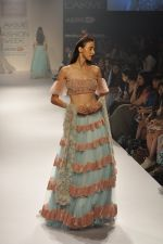 Model walk the ramp for Shehla Khan at LFW 2014 Day 5 on 23rd Aug 2014 (139)_53fc91c3b0961.JPG