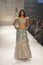 Model walk the ramp for Shehla Khan at LFW 2014 Day 5 on 23rd Aug 2014 (140)_53fc91c500f93.JPG