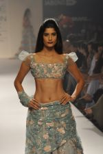 Model walk the ramp for Shehla Khan at LFW 2014 Day 5 on 23rd Aug 2014 (144)_53fc91ca92e48.JPG