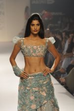 Model walk the ramp for Shehla Khan at LFW 2014 Day 5 on 23rd Aug 2014 (146)_53fc91ccde899.JPG