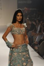 Model walk the ramp for Shehla Khan at LFW 2014 Day 5 on 23rd Aug 2014 (148)_53fc91cfef73e.JPG