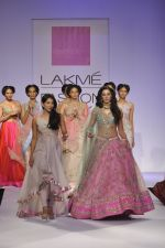 Nargis Fakhri walk the ramp for Anushree Reddy at LFW 2014 Day 5 on 23rd Aug 2014 (41)_53fc8fac4eaa5.JPG