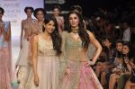 Nargis Fakhri walk the ramp for Anushree Reddy at LFW 2014 Day 5 on 23rd Aug 2014 (53)_53fc8fc11e57e.JPG
