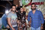 Emraan Hashmi, Humaima Malik, Kunal Deshmukh at Raja Natwarlal Special Screening in Sunny Super Sound on 26th Aug 2014 (42)_53fe0655703d0.JPG