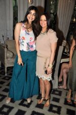Pooja Gupta & Deanne Panday at Bespoke vintage launch in Mumbai on 26th Aug 2014_53fdd547711c9.jpg