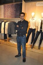 Rajat Kapoor at Levis Khadi Collection Launch in Khar on 26th Aug 2014 (203)_53fddb4235d2c.JPG