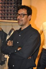 Rajat Kapoor at Levis Khadi Collection Launch in Khar on 26th Aug 2014 (205)_53fddb445a995.JPG