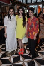 Tanuja, Tanisha Mukherjee, Mana Shetty at Araish in Four Seasons on 26th Aug 2014 (375)_53fe1062ea68b.JPG