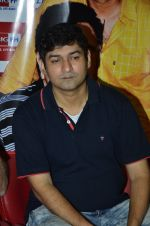 RJ Anirudh at Rishi Kapoor celebrates his birthday at 92.7 BIG FM on 27th Aug 2014 (6)_53fe9c58820bb.JPG