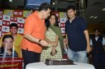 Rishi Kapoor celebrates his birthday with RJ Anirudh at 92.7 BIG FM on 27th Aug 2014 (114)_53fe9c47885c8.JPG