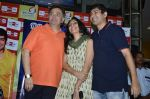 Rishi Kapoor celebrates his birthday with RJ Anirudh at 92.7 BIG FM on 27th Aug 2014 (144)_53fe9c5249d25.JPG
