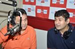 Rishi Kapoor celebrates his birthday with RJ Anirudh at 92.7 BIG FM on 27th Aug 2014 (36)_53fe9c380c8ed.JPG