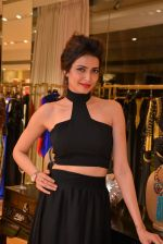 Karishma Tanna at Aza store launch in Bandra, Turner Road on 28th Aug 2014 (107)_53fff183d9985.JPG