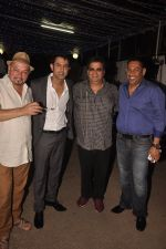 Gippy Grewal, Subhash Ghai at Double Di Trouble screening in Sunny Super Sound, Mumbai on 29th Aug 2014 (4)_5401e7c0b15fe.JPG