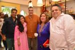 Abu Jani, Sandeep Khosla, Raima Jain at Harsha K cake shop launch in Mumbai on 31st Aug 2014 (53)_54041a5917678.JPG
