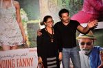 Homi Adajania, Dimple Kapadia at Finding fanny special screening in Mumbai on 1st Sept 2014 (86)_54057338eaaab.JPG