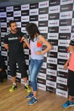 John Abraham and Nargis Fakhri at Reebok press meet in Khar, Mumbai on 1st Sept 2014 (21)_5405684a00d9d.JPG