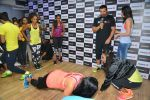 John Abraham and Nargis Fakhri at Reebok press meet in Khar, Mumbai on 1st Sept 2014 (26)_5405684e8a2c3.JPG