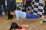 John Abraham and Nargis Fakhri at Reebok press meet in Khar, Mumbai on 1st Sept 2014 (29)_540568523dbeb.JPG