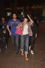 Ameesha Patel returns from Bangkok on 5th Sept 2014 (7)_540a79ebadefb.JPG