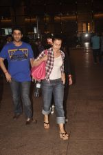 Ameesha Patel returns from Bangkok on 5th Sept 2014 (8)_540a79ed12165.JPG