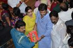 Mahesh Manjrekar visit Lalbaugcha Raja in Mumbai on 6th Sept 2014 (24)_540bf37ea86df.JPG