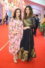 Aashka Goradia and Manasi Joshi Roy at Gujrat Jalso Day 2 in Mumbai on 12th Sept 2014 (2)_541458d5b19da.jpg