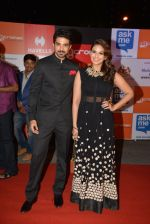 Huma Qureshi, Saqib Saleem at Micromax Siima day 1 red carpet on 12th Sept 2014 (23)_54153dbc5489b.JPG