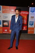 Saqib Saleem on day 2 of Micromax SIIMA Awards red carpet on 13th Sept 2014 (966)_541544d0d881e.JPG