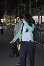 Sridevi, Khushi Kapoor returns from SIIMA on 14th Sept 2014 (30)_54168f1045964.JPG