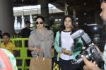Sridevi, Khushi Kapoor returns from SIIMA on 14th Sept 2014 (32)_54168f11cb993.JPG