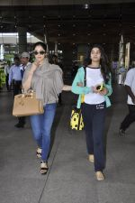 Sridevi, Khushi Kapoor returns from SIIMA on 14th Sept 2014 (34)_54168f1353c74.JPG