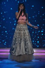 Neeti Mohan at the Audio release of Happy New Year on 15th Sept 2014 (24)_541850b19bc77.JPG