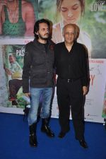 Vishesh Bhatt, Mukesh Bhatt at Finding Fanny success bash in Bandra, Mumbai on 15th Sept 2014 (50)_5417eb8124936.JPG