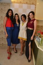 Shonali Nagrani , Carol Gracias at Ritika Bharwani_s Autumn Winter collection launch co-hosted by carol Gracias in Bandra on 17th Sept 2014 (274)_541ac46c1a5a1.JPG