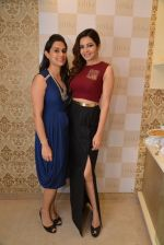 Shonali Nagrani at Ritika Bharwani_s Autumn Winter collection launch co-hosted by carol Gracias in Bandra on 17th Sept 2014 (263)_541ac46fd71a7.JPG