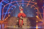Mouni Roy at the grand finale of Jhalak Dikhhla Jaa in Filmistan, Mumbai on 18th Sept 2014 (341)_541c1a4d1e1bf.JPG