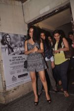Sakshi Bhatt snapped at pvr on 18th Sept 2014 (102)_541bd8fa0a210.JPG