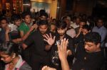 Shahid Kapur unveil Haider Song with Flash mob in Mumbai on 19th Sept 2014 (31)_541e60f19ae52.JPG