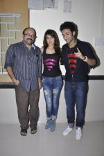 Charu Dutt Acharya, Rhea Chakraborty, Raghav Juyal at Sonali Cable promotions in Sydenham college, Mumbai on 21st Sept 2014 (58)_541fcd5683724.JPG
