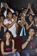 Rhea Chakraborty, Raghav Juyal  at Sonali Cable promotions in Sydenham college, Mumbai on 21st Sept 2014 (113)_541fcd5dc52ad.JPG
