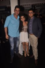 Mohit Raina at Neha Marda_s bday in Villa 69 on 23rd Sept 2014 (28)_54223076d375a.JPG